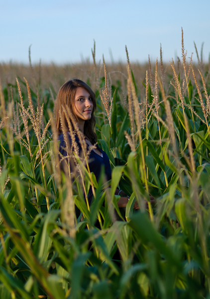 Justine dans les maïs...