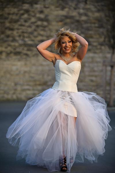 ... en robe de mariée à Lyon  Frédéric Ruaudel Photographie