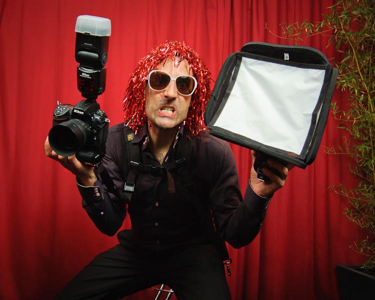Autoportrait décalé pris avec la Machine à Dossier lors d'un mariage