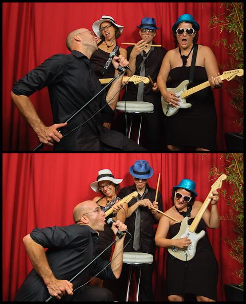 Diptyque de deux photos d'un groupe de jeunes délirant façon groupe de rock
